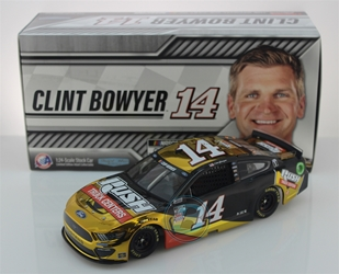 Clint Bowyer 2020 Rush Truck Centers 1:24 Color Chrome Nascar Diecast Clint Bowyer Nascar Diecast,2020 Nascar Diecast,1:24 Scale Diecast, pre order diecast